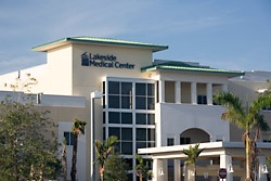 lakeside medical center exterior photo