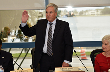 Image of Edward Sabin being sworn in