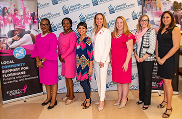 Image of dignitaries at Komen event