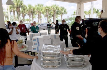 PBSO delivering lunch to LMC
